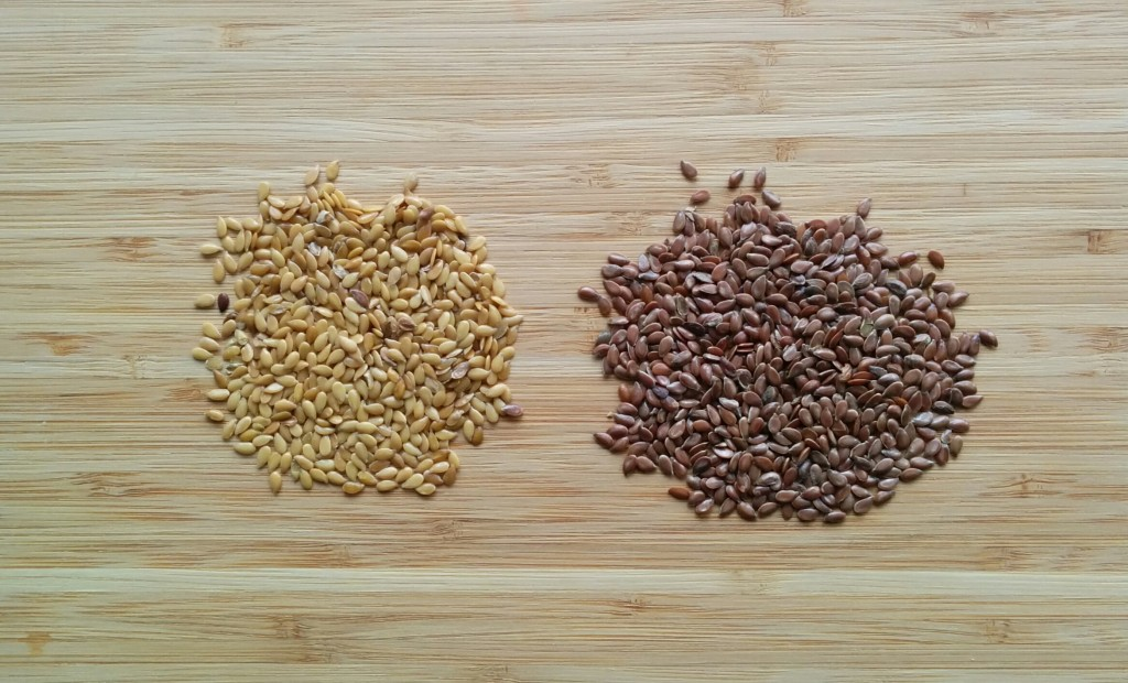 Golden and brown flax seeds